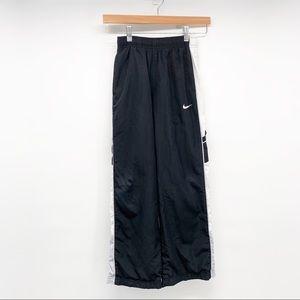 Nike Boys SweatPants Size Medium